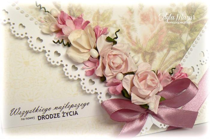 Kremowo-różana kartka ślubna - kopertówka