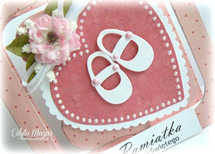Różowe serce z bucikami  Pamiątka Chrztu1