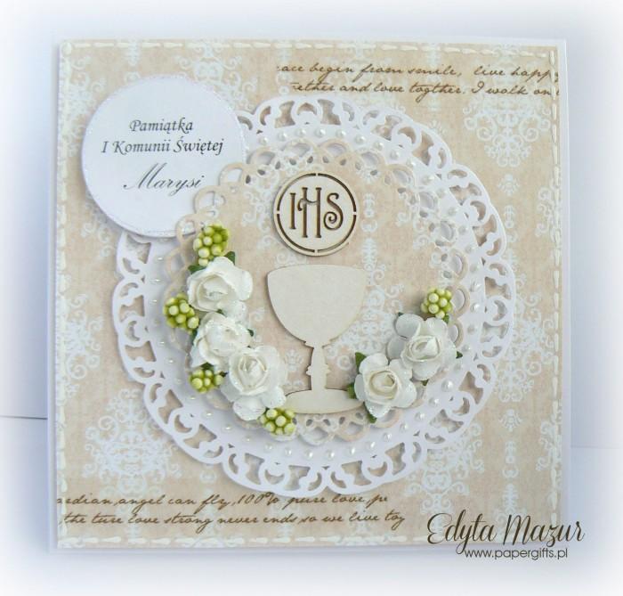 Beżowa z kielichem i białymi różami - Pamiątka Komunii Świętej Marysi