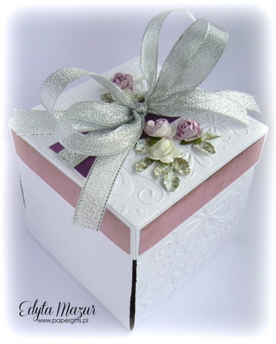 Fioletowo-różowy box ślubny dla Moniki i Bogusława