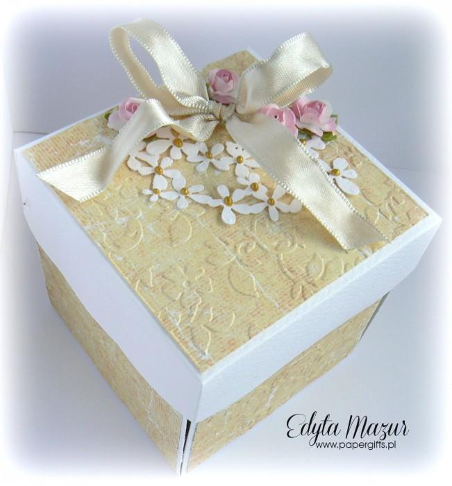 Złoto-żółty box ślubny dla Martyny i Dawida2