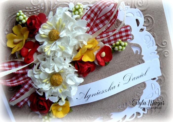 Biało-czerwono-żółty bukiet kartka ślubna1
