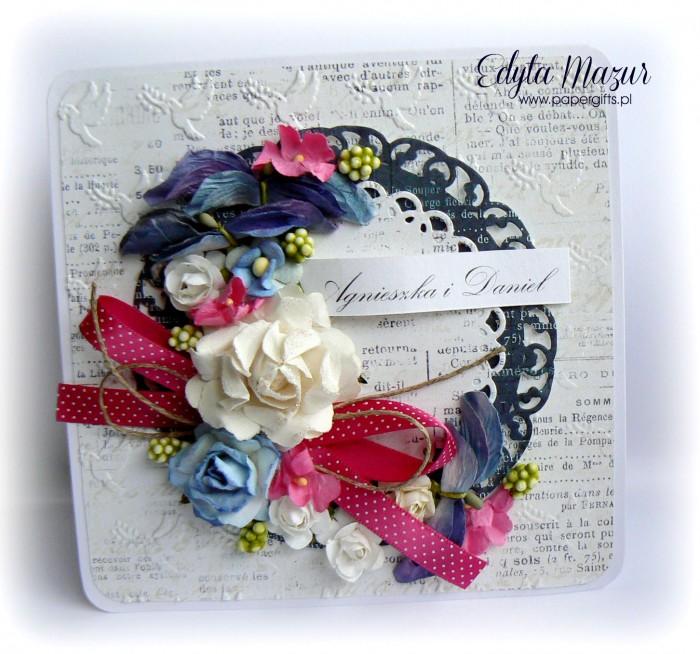Biało-niebiesko-różowy bukiet kartka ślubna