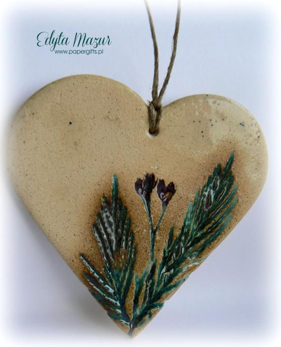 Polne kwiaty - serce z ceramiki1