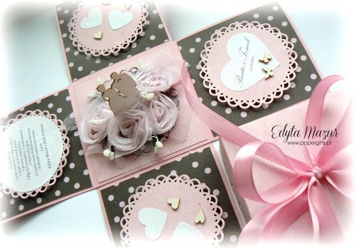 Różowy box ślubny