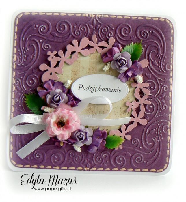 Fioletowa z wiankiem i fioletowymi kwiatami - Podziękowanie