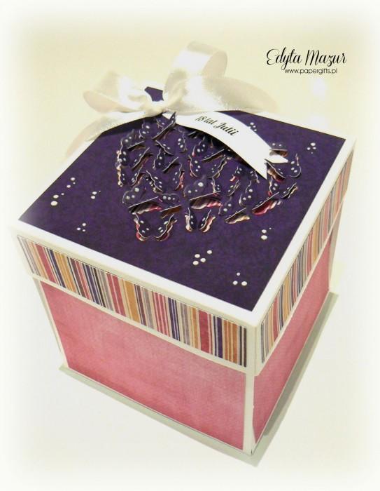 Fioletowo-różowy box na 18 Julii