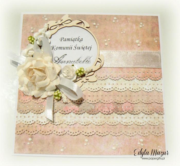 Pastelowe falbanki z ramką i różami - Pamiątka Komunii Św. Annabelle
