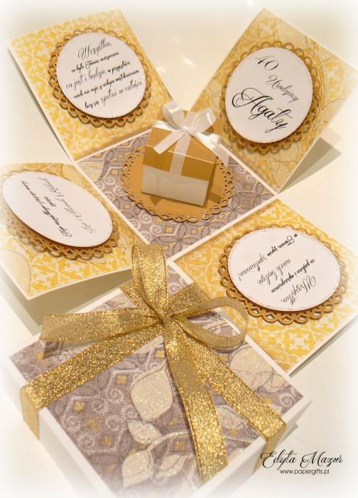 Złoto-żółty box z paczuszką na urodziny Agaty