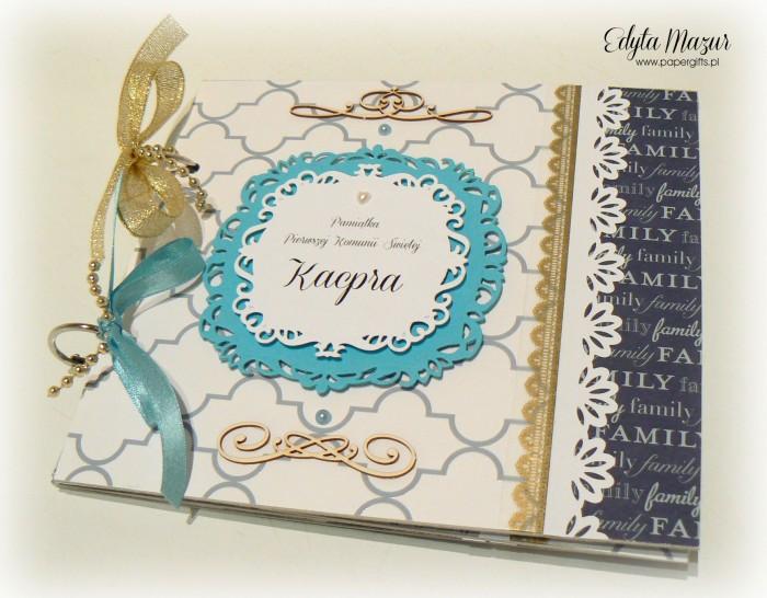 Niebiesko-biały album komunijny dla Kacpra