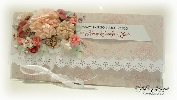 Beżowa w różowe motywy - kopertówka ślubna1
