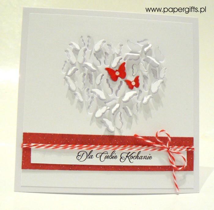 Białe serce z motylków - Walentynka