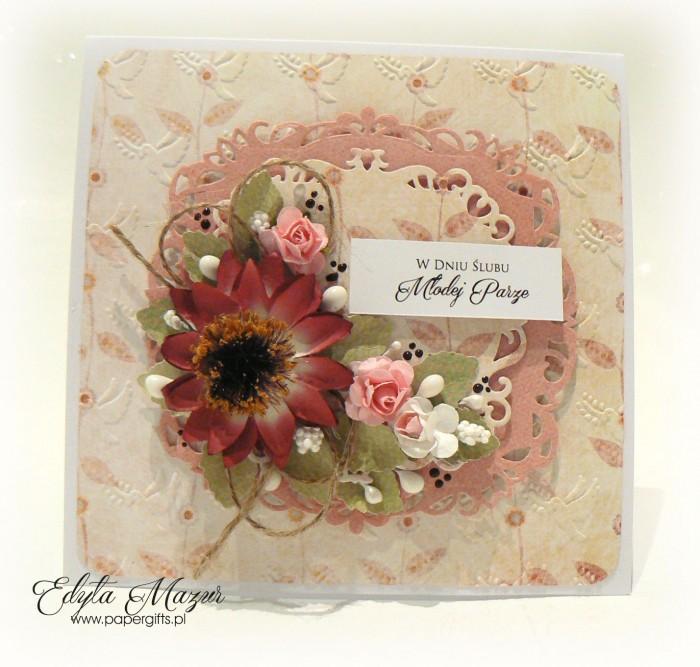 Kremowo-różowa z kwiatem rudbekii - kartka ślubna