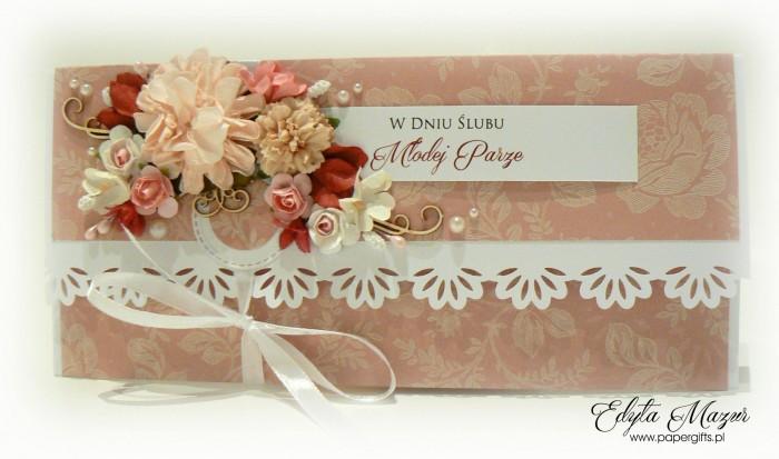 Pudrowy róż w beżowe motywy - kopertówka ślubna1