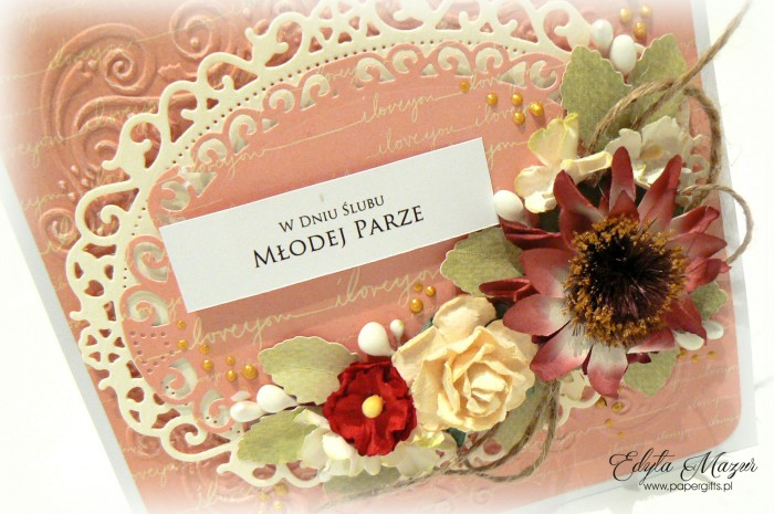Pudrowy róż z kwiatem rudbekii - kartka ślubna1
