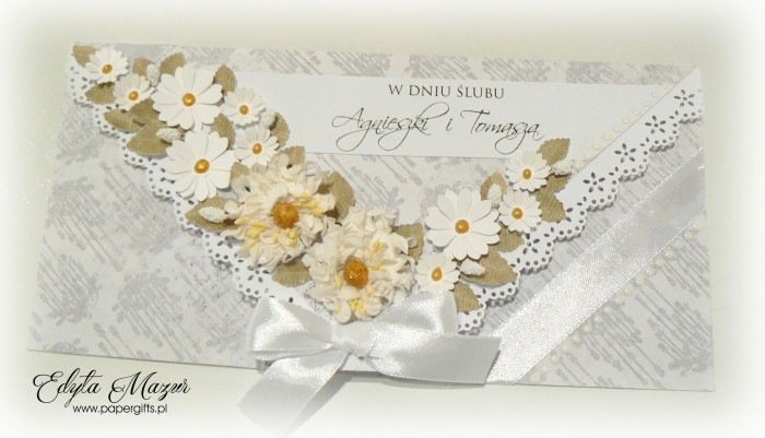 Szaro-biała ze stokrotkami - kopertówka na ślub Agnieszki i Tomasza
