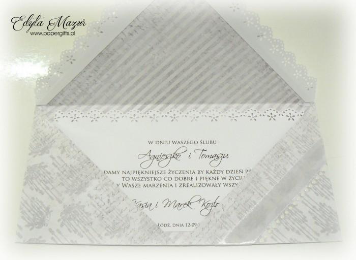 Szaro-biała ze stokrotkami - kopertówka na ślub Agnieszki i Tomasza1
