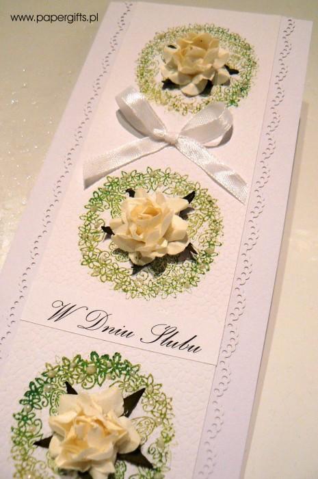 Trzy wianuszki z różami - kartka na ślub1