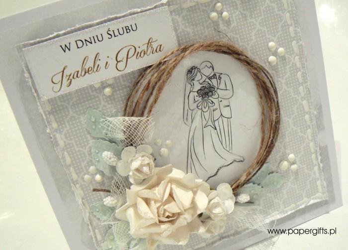 Biało-szara z różą i para młodą - kartka ślubna dla Izabeli i Piotra1