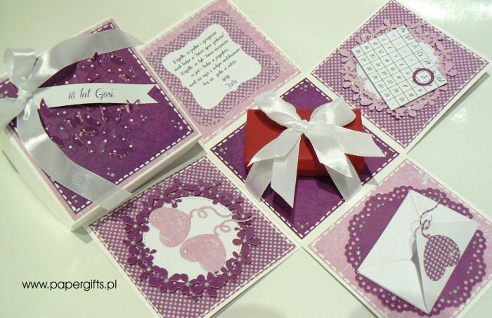 Fioletowy z motylkami box na 18 Gosi1