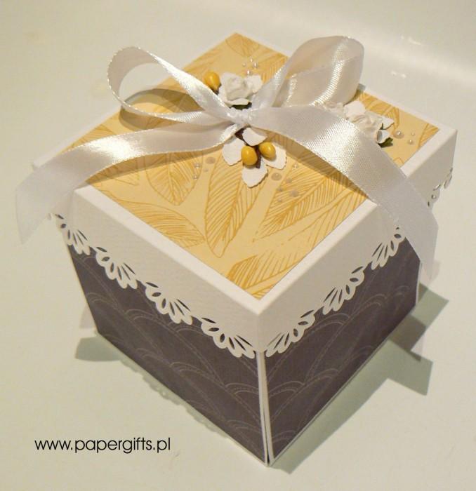 Szaro-żółty box ślubny