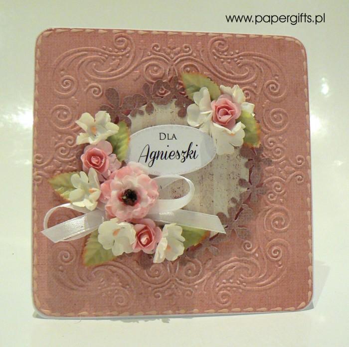 Różowa z wiankiem i różowymi kwiatami - kartka dla Agnieszki