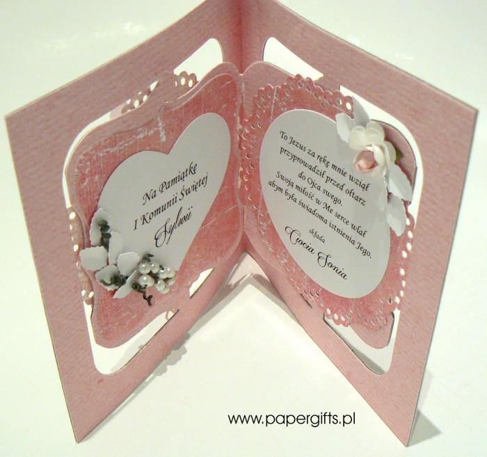 Różowa z sercem i różami - Pamiątka Komunii Św. Sylwii1 - Kopia