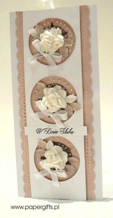 Beżowo-biała kółka z różami - kartka ślubna