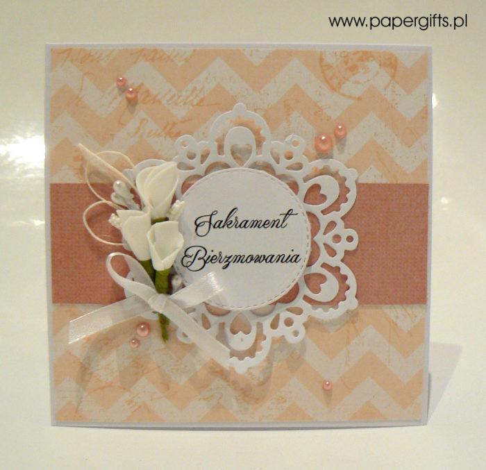 Cielisto-różowa z zygzakiem i koronką - kartka na bierzmowanie